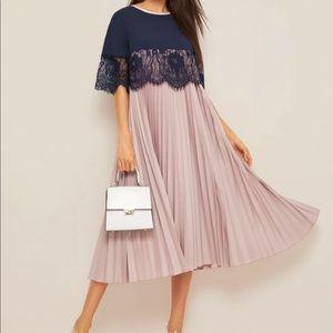 Eyelash lace trim two tone pleated dress